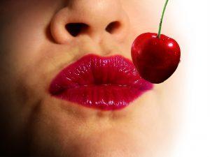 lips-1774130_1920
