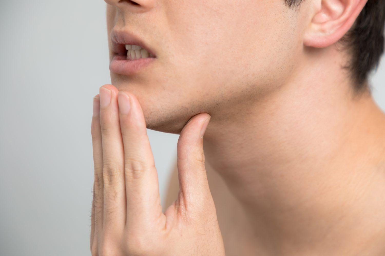 顎がコキコキ音がする顎関節症。これって噛み合わせの治療をした法がいいの?