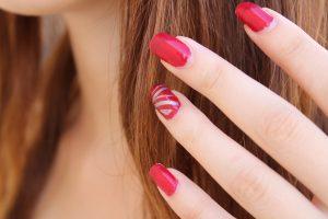 nail-polish-1677561_1920