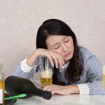 アルコール依存症は虫歯や歯周病になりやすい?お酒と歯の話